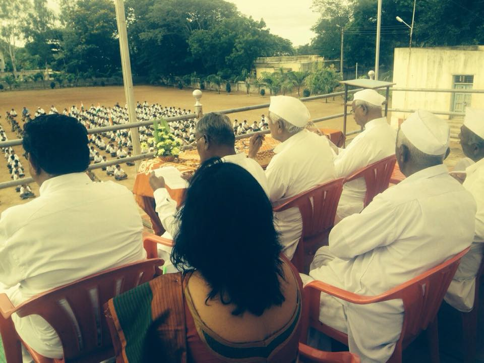 Meeting with anna hazare on 15th August at Ralighat